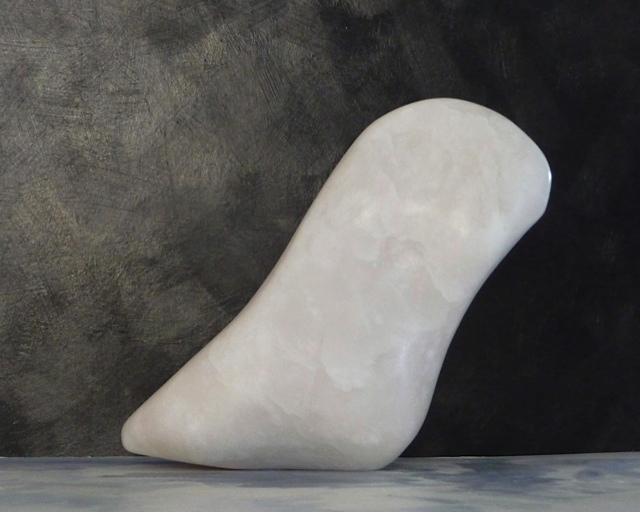 Sculptuur  Albast  Hoog  26 Cm.  € 220.-
